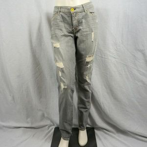 Distressed Rich & Skinny Blue Jeans